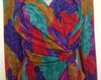 Extravagant 80s blouse drapped and colorful