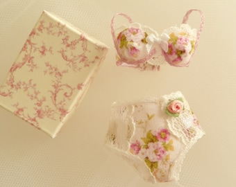dollhouse miniatures Bra with confort panties in 1:12 scale-lingerie