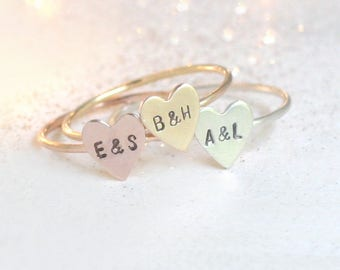 initial ring. personalized heart ring. stacking RING. Valentines Day ring. couples ring. best friend ring. personalized gift for her.