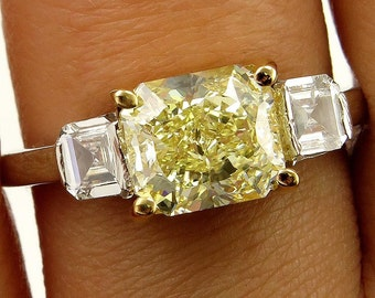 Estate GIA 2.52ct Natural Fancy Yellow RADIANT 3 Stone Diamond Engagement Platinum Ring