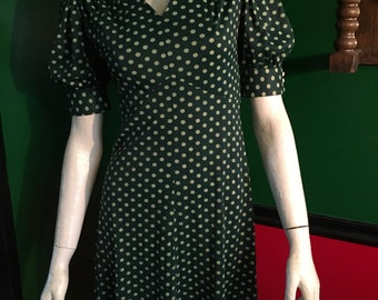 "1960's Girls Dress Green Polka Dot Metal Zipper Puff Sleeve  True Vintage Size 27"" Bust 24"" Waist"