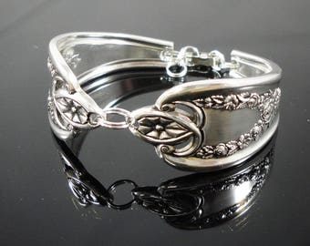 Old Colony Antiqued Spoon Bracelet 1911 Birthday Bridel Gift Silverware Flatware Bride Wedding