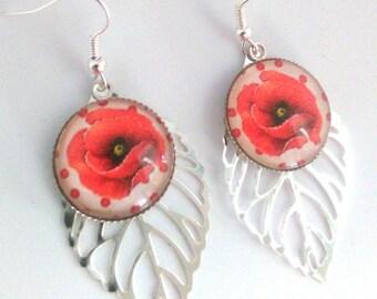 Cabochon on leaf earrings