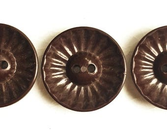 mid century vintage eco friendly brown cupped buttons with linear design--matching lot of 3
