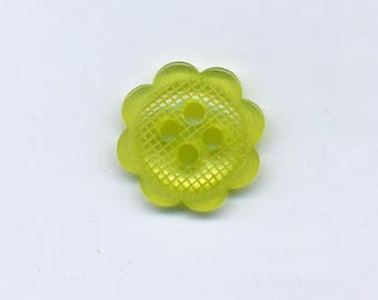 Small 12 mm lime green flower button