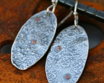 Reticulated silver ovals,silver earrings,reticulated earrings,drops,silver drops,maggiesmeltdown,Maggie's Meltdown, copper rivets,silver