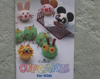 FREE SHIPPING...1996 Cupcakes for Kids instruction book, darling designs and how to create them, party prep for cupcake lovers of all ages