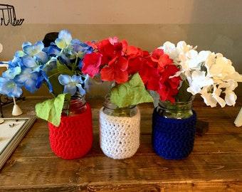 Independence Day Crochet Mason Jar Vases / Mason Jar Vases / Mason Jar Decor / Independence Day Decor / Crochet Decor / 4th of July Decor