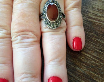Sterling Silver Cornelian and Marcasite Ring