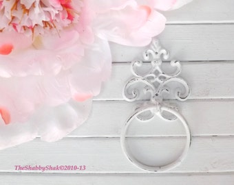 White Towel Ring,Rustic Bathroom, Shabby Chic Bathroom,Towel Hanger,Hand Towel,Bathroom Hook,Bathroom Fixture,Guest Bathroom,Rustic