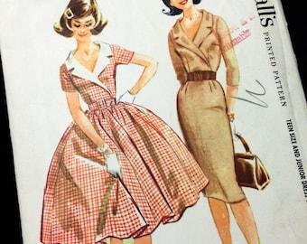 Vintage 1960 sz 14T McCall's 5454 Teen Dress in 2 styles Sewing Pattern (0269)