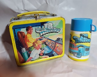 """Vintage 1978 Lunchbox """"18 WHEELER""""-Thermos included"""