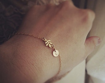 Gold Leaf Initial Bracelet, Leaf Bracelet, Initial Bracelet, Personalized Bracelet, Personalized Wedding, Fall Jewelry, Bridesmaid Gift