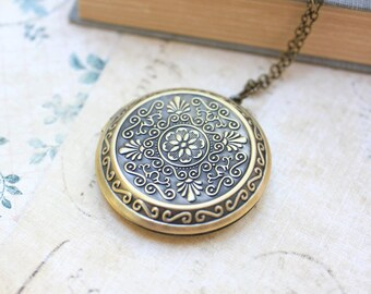 Large Round Locket Necklace Gold Floral Filigree Locket Pendant Vintage Style Picture Locket Romantic Long Necklace Secret Hiding Place
