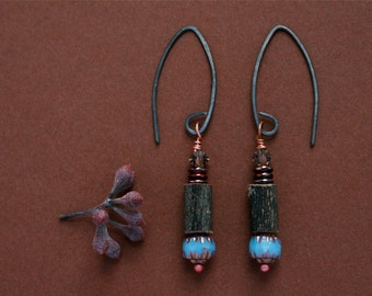 rustic earrings with wood and turquoise glass beads - natural jewelry - ethnic bohemian style