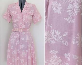 1980s Pink Floral Shirtwaist Dress w/ Matching Belt - Womens Bust 34 - By Stuart Alan Petites (B4)