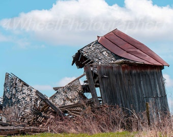 Broken Barn, Falling, Amish, Country, color, barn, structure, building, old, wood, weathered, gray,