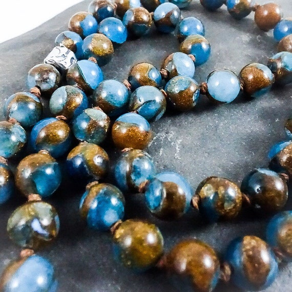 Knotted Blue Gold Agate Necklace