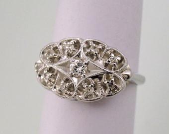A Vintage White Gold Filigree Fashion Ring, Circa 1950, Set with Diamonds (A1789)