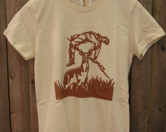 Deer vs Hunter: Men's/Unisex T-shirt (Natural)
