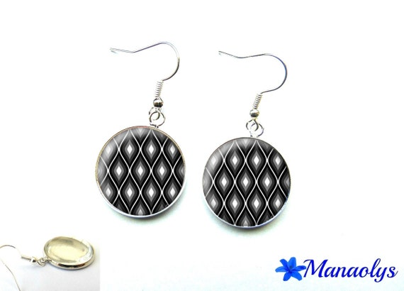 Black, gray and white patterns 2608 glass cabochons earrings