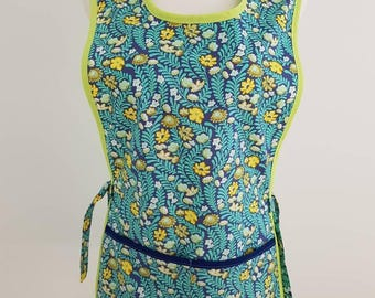 Womans Shop apron cobbler apron one size pullover  slip on pocket blue green  white yellow floral flowers ferns vines