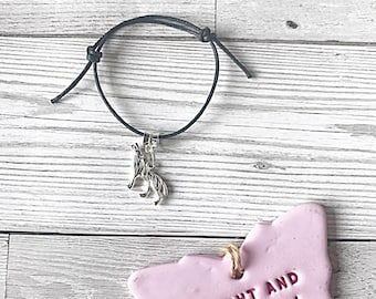 Wolf Bracelet, Adjustable Bracelet, Cord Bracelet, Wolf Jewelry, Wolf Charm, Wolf Gift, Gift For Her, Gift For Women