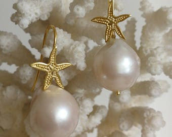 White Baroque pearl earrings and starfish in silver 925