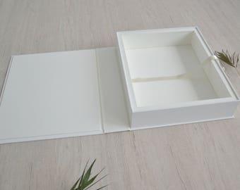 11X14 in Folio box for Presentation