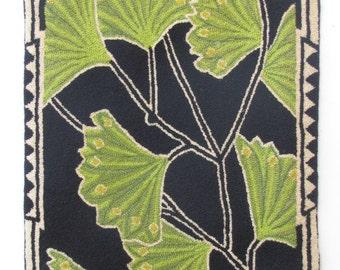 """Hand-hooked rug """"Art Nouveau Gingko"""""""