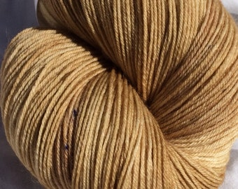 "SW BFL 150g ""Creamy Chocolate"" hand dyed Fingering/Sock yarn"