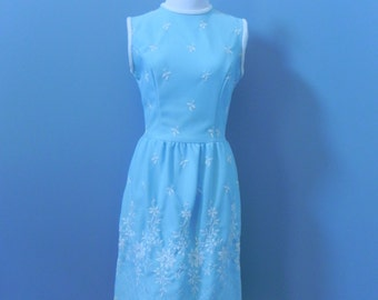 Vintage 60's blue sleeveless dress floral embroidered dress Vicky Vaughn