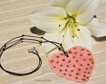 Large heart pendant in paperclay pea