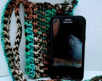 Crochet cross body cell phone pouch reef