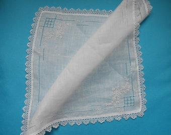 Wedding Handkerchief, Lace Handkerchief, Vintage Handerchief, Bridal Handkerchief, Something Old, Wedding Accessories, Bridal Tissue