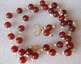Red Plums on Snow set Necklace and earrings  S740