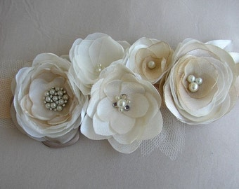 Ivory Wedding Sash, Champagne Bridal Sash, Floral Wedding Belt, Wedding Dress Sash, Wedding Belts and Sashes, Pearl Rhinestones Sash, Bridal