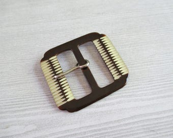 "Vintage Brown & Cream ""Carved"" Plastic Buckle"