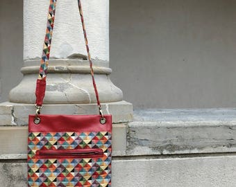 Shoulder bag in Gobelin fabric and faux leather red
