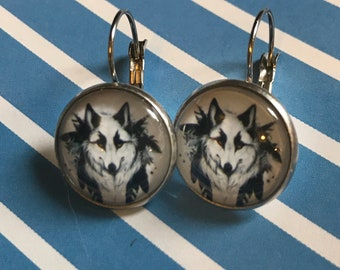 Black and white wolf glass cabochon earrings - 16mm