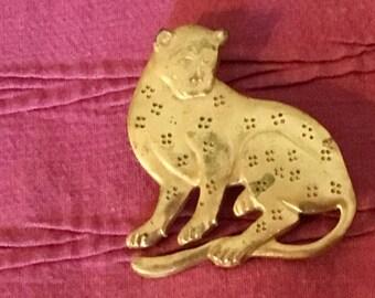 Metropolitan  Museum of Art Reproduction Pin