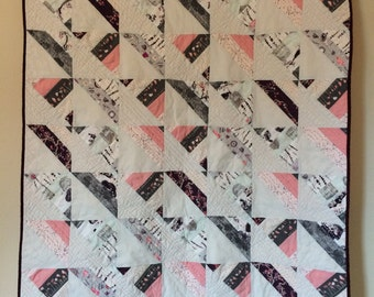Gray and Rose Corners Quilt