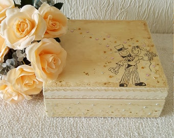 decoupage wedding keepsake trinket box