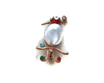 1940's Bird Brooch // Jelly Belly Style Vintage Brooch // Rhinestone, Pearl and Gold Metal Brooch