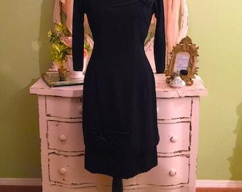 Elegant Formal Vintage Dress w Appliqués 50s Sophisticated Dress SM-M Vintage Evening Wear