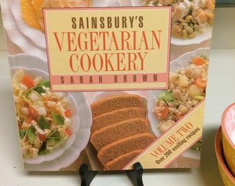 Vegetarian Cookery Sainsbury FREE Shipping  200 plus Fruits and Vegetable Recipes, UK London 1990