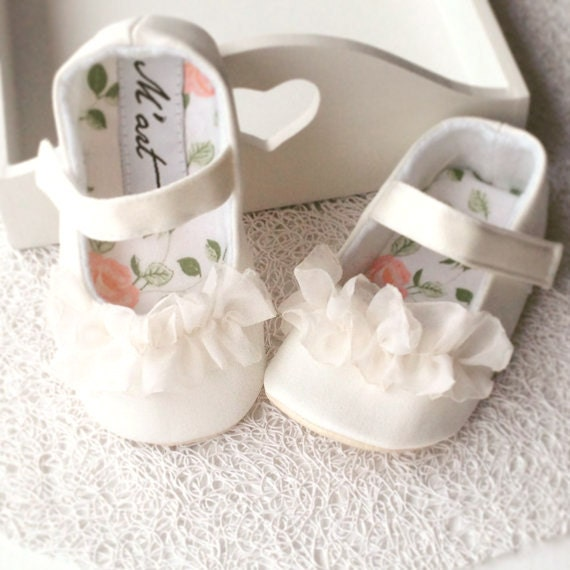 Christening shoes white baby shoes baby girl shoes flower zoom mightylinksfo