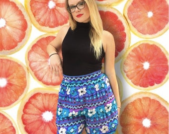 Vintage Women's 1990's High Waisted Abstract Print Flowy Shorts