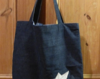 Shopping bag with paper boat application, lined