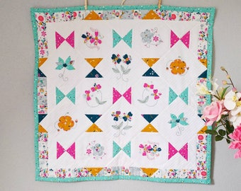 Modern colourful baby blanket, Baby quilt, Crib blanket, Cot blanket, Baby shower gift ideas, Newborn baby, Baby girl